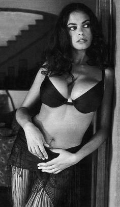 Sicilian actress - Mariagrazia Cucinotta