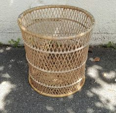 LaRabota - Manolito Laundry Basket, Wicker, Upcycle, Vintage, Home Decor, Rattan, Homemade Home Decor, Upcycling, Upcycled Crafts