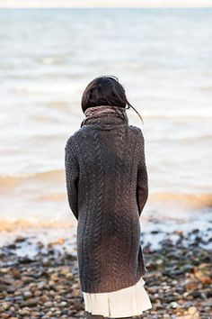 Landfall pattern by Veronik Avery, Beach Outfits, Landfall - Winter 2014 - Brooklyn Tweed. Brooklyn Tweed, Charles Trenet, The Cardigans, Blanket Coat, Magnum Opus, Cottages By The Sea, Am Meer, Style Me, In This Moment