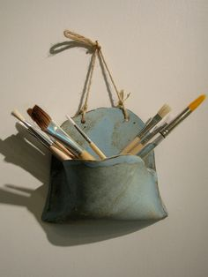 nice wall pocket by DirtWares on Etsy -I might make this to store antique kitchen utensils in. nice wall pocket by DirtWares on Etsy -I might make this to store antique kitchen utensils in. Hand Built Pottery, Slab Pottery, Ceramic Pottery, Slab Ceramics, Rustic Ceramics, Ceramic Utensil Holder, Ceramics Projects, Ceramics Ideas, Pottery Classes