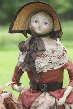 There are a few of her folk dolls available, and since we are backed up in the sending of our newsletters, we are going to post them here.you can email me . Antique Dolls, Vintage Dolls, Art Dolls, Dolls Dolls, Doll Toys, Children's Toys, Bear Doll, Primitive Crafts, Wooden Dolls