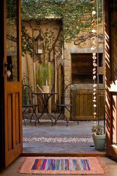 Natalia y Hernán~will someone build me a courtyard in my backyard please? Outdoor Rooms, Outdoor Living, Outdoor Decor, Patio Design, House Design, Casa Patio, Outside Living, Home Deco, Home And Garden