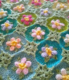 Afghan Crochet Patterns, Crochet Squares, Crochet Stitches, Sewing Patterns, Manta Crochet, Animal Nursery, Knitting Yarn, Crochet Flowers, Crochet Projects