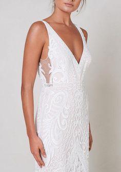 Minimalist Wedding Dresses, Rustic Wedding Dresses, Wedding Dress Styles, Dream Wedding Dresses, Wedding Gowns, Wedding Ideas, Wedding Reception, Lace Wedding, Dress Wedding
