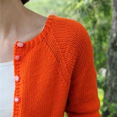 A basic cardigan is something that everyone should have at least one of. This one has the perfect shape with three quarter arms.