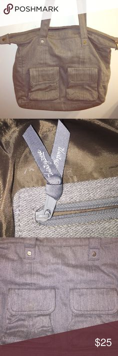 Thirty-one casual cargo purse grey Thirty-one large bag in grey brushed twill color. thirty-one Bags Shoulder Bags