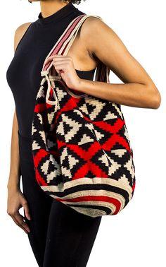 Large Wayuu Mochila bag Marcel IIb.jpg