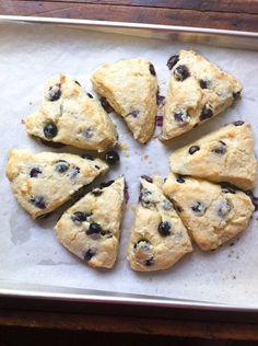 Blueberry Scones by pinchmysalt #Scones #Blueberry #pinchmysalt