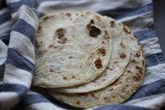 Potetlefser. Myke, saftige potetlefser.... (kjerstisandnes) Bread Bun, Recipe Boards, Side Dishes, Food And Drink, Baking, Ethnic Recipes, Tips, Blogging, Creative