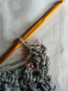 スヌードの編み方 Sewing Projects, Knitting, Crochet, Pattern, Crochet Hooks, Tricot, Patterns, Stricken, Knitwear
