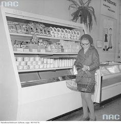 Sklepy spożywcze w Otwocku, 1977