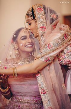 A Gorgeous Chandigarh Wedding With A Bride In Pastel Pink! - - Pastel themes, a gorgeous pink lehenga, and flowery decor in perfect coordination, this wedding was nothing less than Chanu & Digvijay found love in the air and decided to tie the. Indian Wedding Makeup, Indian Bridal Outfits, Desi Wedding, Bridal Dresses, Punjabi Wedding Suit, Wedding Mandap, Indian Makeup, Wedding Hijab, Wedding Stage