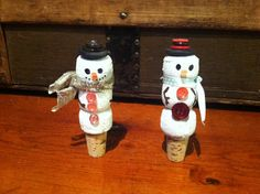 Champagne cork snowman wine bottle stoppers Wine Bottle Stoppers, Cork Stoppers, Wine Bottles, Cork Ideas, Champagne Corks, Bottle Jewelry, Cork Art, Christmas 2014, Harvest