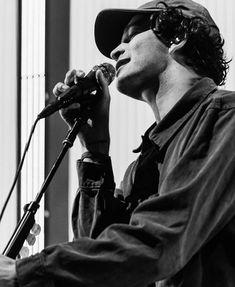 Matty 1975, Matthew Healy, The 1975, Cool Bands, Lol, Singer, Iphone Wallpapers, Legends, Addiction