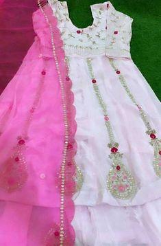 Bridal Suits Punjabi, Punjabi Suits Party Wear, Party Wear Indian Dresses, Designer Party Wear Dresses, Bridal Dresses, Embroidery Suits Punjabi, Embroidery Suits Design, Embroidery Designs, Punjabi Suits Designer Boutique