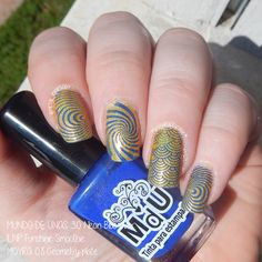 Stamping nail art using Moyra Geometry plate and Mundo de Unas Neon Blue over ILNP Funshine Smoothie