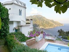 Villa Ravello Great Views Swimming Pool Gardens and Garage