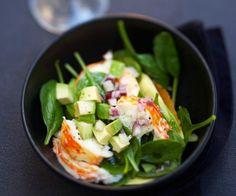 Salade d'épinards et queues de langouste