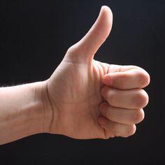 good_thumb_vs_evil_thumb_by_dommccann.gif (2592×2592)