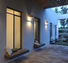 Design Detail - Exterior Built-In Window Seats | CONTEMPORIST