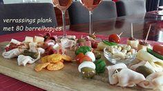 Verrassings plank met diverse hapjes. Leuk voor de feestdagen. www.bonappetit-someren.nl