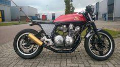 My dad's cafe racer. Made in Holland #proud