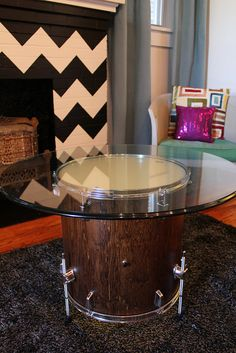 IMG_7740 by karapaslay, via Flickr I'm doing a project really similar to this right now - but instead of using a tom I'm using an old snare and turning it into a little seat (or footstool).
