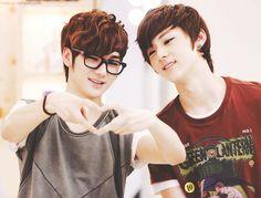 NU'EST MinRon (MinHyun & Aron)
