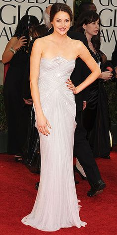 Love the simple elegance of this (Shailene Woodley in Marchesa at the Golden Globes)