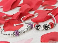 Love You Forever design. Here are 2 super quick jewelry ideas using Caspia beads.Great ideas for Valentine's Day!!