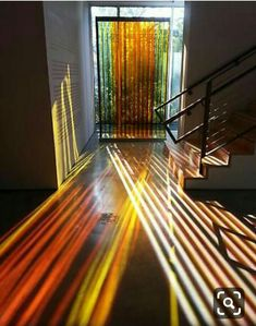 Carlos Cruz-Diez Transchromie Plexiglas, Edelstahl, Zoll x . - Carlos Cruz-Diez Transchromie Plexiglas, Edelstahl, Zoll x 61 Zoll x Zoll. Home Interior Design, Interior Architecture, Interior And Exterior, Interior Decorating, Interaktives Design, Design Case, Stained Glass Door, Modern Stained Glass, Cheap Home Decor