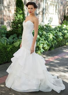 1f2f06cbc7b6 Wedding Gowns Under Cheap Wedding Dresses Uk, Wedding Dress Pictures,  Classic Wedding Dress,