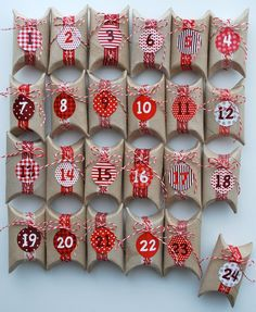 Toilet Paper Rolls Advent Calendar and 25 Homemade Advent Calendars on Frugal Coupon Living plus ideas for your Christmas Cookie Exchange and Homemade DIY Christmas Gift Ideas./Christmas decorations & ideas Source by drejca Christmas Countdown, Christmas Calendar, Homemade Advent Calendars, Diy Advent Calendar, Calendar Ideas, Creative Calendar, Homemade Calendar, Advent Calendars For Kids, Wall Calendars