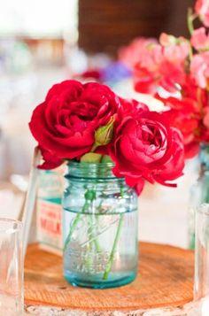 red + a ball glass jar = :)
