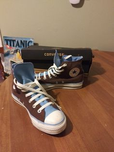 Converse size 8 womens size 6 mens on Mercari Dr Shoes, Swag Shoes, Hype Shoes, Me Too Shoes, Shoes Sneakers, Shoes Heels, Aesthetic Shoes, Fresh Shoes, Pretty Shoes