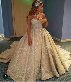 quinceanera dresses,burgundy wedding dress,maroon ball gowns,off-the-shoulder wedding gowns,flower dresses for bride Quince Dresses, Ball Dresses, Ball Gowns, Prom Dresses, Formal Dresses, Dress Prom, Flower Dresses, Long Dresses, Dream Wedding Dresses