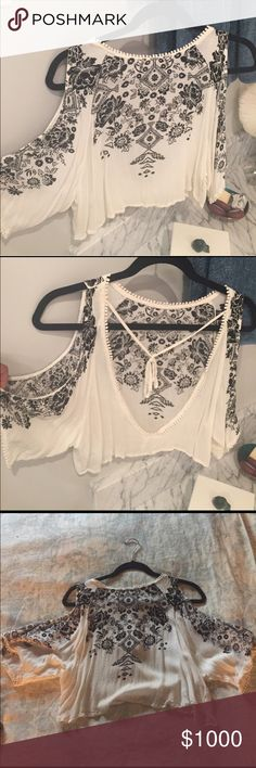 ISO Urban Outfitters Open Back Open Shoulder Top!! I'm looking for this Urban Outfitters open back and open shoulder top!! I would love for it to be white like this one or in red! Pictures are courtesy of @elenag1997 Urban Outfitters Tops