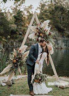 Wood Triangle Wedding Arch Boho Wedding Triangle Arch | Etsy
