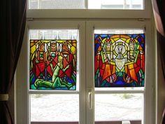 Glasramen van de kunstenaar Frederick Roderburg - Erfgoeddag 2006 - In Kleur