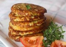 Kapustové lívanečky Salmon Burgers, Baked Potato, Pancakes, French Toast, Potatoes, Baking, Breakfast, Ethnic Recipes, Food