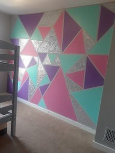y Geometric wall for small girls bedroom Girls Room Paint, Girl Bedroom Walls, Girls Bedroom Ideas Paint, Diy Bedroom, Small Girls Bedrooms, Little Girl Rooms, Geometric Wall Paint, Room Wall Painting, Bedroom Wall Designs