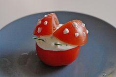 Tomaten-Marienkäfer, ein schönes Rezept aus der Kategorie Snacks und kleine Gerichte. Bewertungen: 6. Durchschnitt: Ø 3,8.