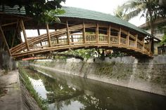 Gallery of Bamboo Bridge in Indonesia Demonstrates Sustainable Alternatives for Infrastructure - 7