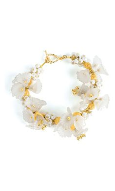 Bracelet with Lucite Flowers, Gold-Plated Beads and Seed Beads