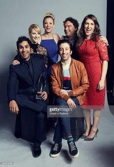 The Cast of The Big Bang Theory (actors Kaley Cuoco, Kunal Nayyar, Melissa Rauch, Simon Helberg, Mayim Bialik, Johnny Galecki) pose for a portrait as the winners of 'Favorite Network TV Comedy' at the 2017 People's Choice Awards at the Microsoft Theater on January 18, 2017 in Los Angeles, California. COMEDY