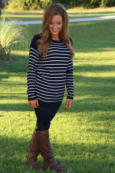 Cozy By The Fireside Sweater: Navy - Off the Racks Boutique