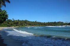 Playa Hiriketiya, la mejor en Sri Lanka. Conoce el #Top5 de las mejores #Playas de #SriLanka con Desarrollo Peregrino tu #blog de Viajes.