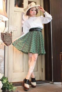 Emerald Green Flower柄フレアミニスカート