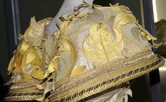Roberto Capucci - Haute Couture - Robe de Soirée 'Sculpture' - Feuillages - Appliques et Passementerie - Détails