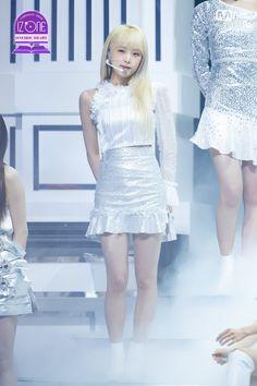 Eyes On Me, Japanese Girl Group, Be A Nice Human, The Wiz, Girl Power, Kpop Girls, Yuri, My Idol, Ulzzang
